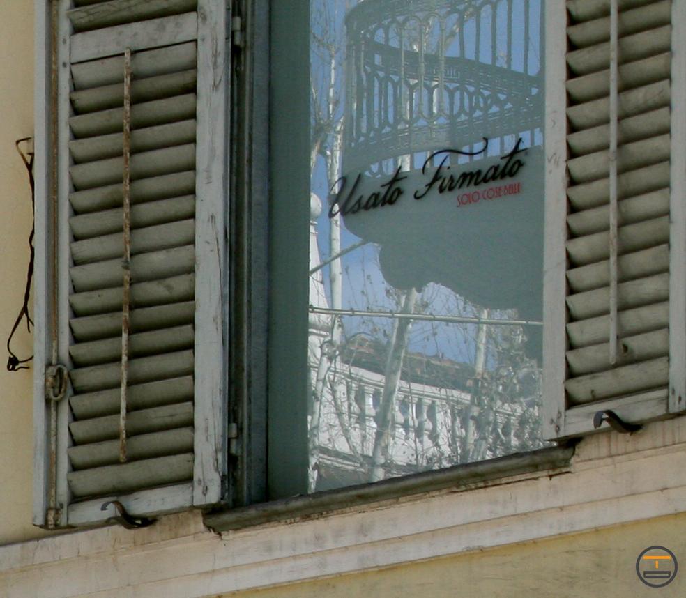 Insegna Pannello centro Torino e vetrofanie