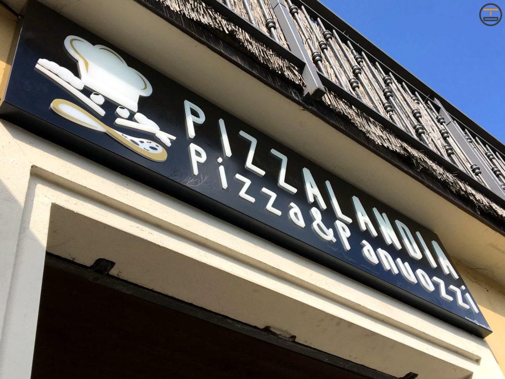 insegna frontale pizzeria